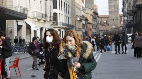 Coronavirus, vademecum Emilia-Romagna. Scuole, cinema, fiere: cosa cambia