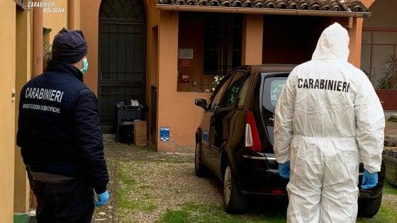 """Imola, donna trovata morta in casa. """"Omicidio volontario"""", fermato il marito"""