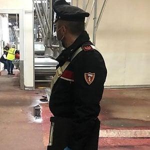 Modena, un morto sul lavoro: incastrato negli ingranaggi di un macello