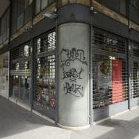 Bologna, primo giorno di serrata: il centro quasi deserto, i controlli sulle strade
