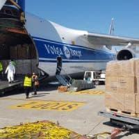 L'Emilia-Romagna ha comprato 1 milione di mascherine: atterrato primo aereo