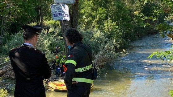 """Morte di Riccardo, annegato nel fiume Idice: una """"tragica fatalità"""""""