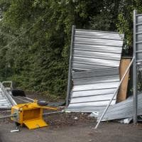 Intrusione nella notte nel cantiere in via Fioravanti: le immagini dei danni