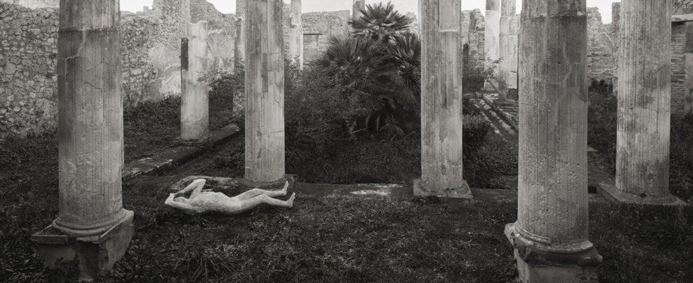 Omaggio a Pompei e ai suoi abitanti: a Modena le fotografie di Kenro Izu