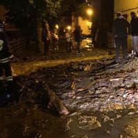 Strade come torrenti nel Bolognese per i temporali nella notte