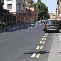 La nuova ciclabile di via Saragozza: auto, camion, volante tutti in divieto