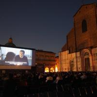 Il cinema in piazza, pienone distanziato