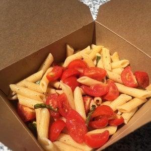 Bologna, le pastasciutte antifasciste: c'è anche quella da asporto per un picnic di resistenza