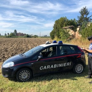 Bologna, trovato il corpo di un operaio: forse morto per un colpo di calore