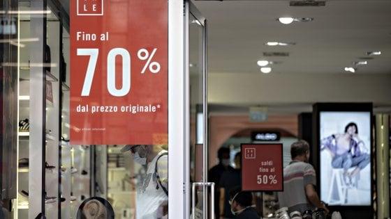 Primo week-end di saldi in Emilia Romagna: calo del 30% sul 2019