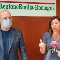 """Treni, Bonaccini: """"Valuteremo con le Regioni, mai pensato di riempirli"""""""