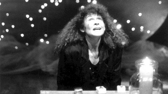 """Il teatro dell'infanzia piange Valeria Frabetti: """"Curiosa e stravagante, donna libera"""""""