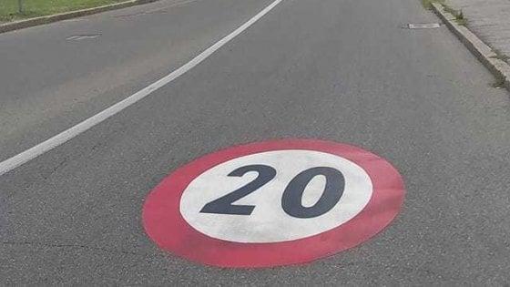 """A San Lazzaro arrivano le """"zone 20"""". Ed è polemica nei social"""