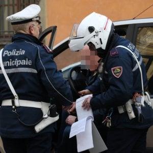 """Bologna, tentata truffa a un'anziana: """"Sono il comandante dei carabinieri, mi porti oro e denaro"""""""