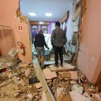 Nel Riminese fanno esplodere un bancomat e devastano il palazzo comunale