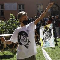 Bologna, aquiloni per Zaky: una maratona artistica per la sua libertà