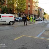 Tubature dell'acqua di nuovo in tilt a Bologna, ruspe in via Montefiorino