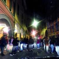 Movida senza freni a Bologna: 10 studenti positivi a una festa Erasmus