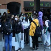 L'ordinanza del sindaco di Carpi: mascherine obbligatorie davanti alle scuole