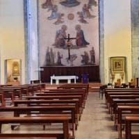 Covid, a Bologna anche la benedizione di Pasqua è un kit da asporto
