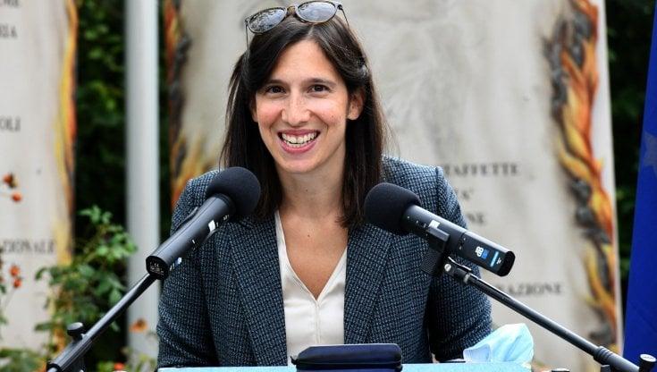 """Elly Schlein: Crisi del PD . Immaginare la """"cosa rossa"""", """"un nuovo fronte progressista"""