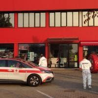 Omicidio a Reggio Emilia, 29enne ucciso in una ditta di pneumatici. C'è un fermo