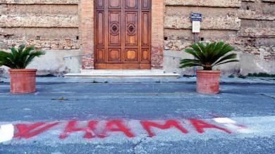 A Livorno, per la scritta  W Hamas denunciato  un pensionato