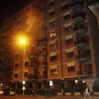 Ragazzo nigeriano precipita da palazzo e muore per fuggire a un controllo di polizia