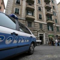 Rapinati e picchiati all'Isolotto, presi i due malviventi