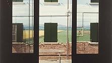 """Le """"immagini impossibili"""" di Luigi Ghirri da Poggiali e Forconi"""