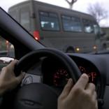 I toscani trascorrono in auto  oltre un'ora al giorno