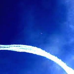 In un video l'ufo avvistato durante l'esibizione delle Frecce al Forte dei Marmi