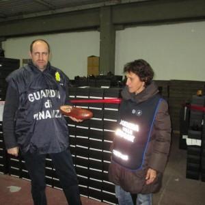 False scarpe made in Italy, sequestrate 12 mila paia di calzature