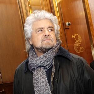 """Lucchini, il governatore Rossi sfida Grillo: """"Perché non torni a Piombino a chiamarci peste rossa?"""""""