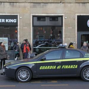 Principio d\'incendio, evacuato il Burger King - Repubblica.it