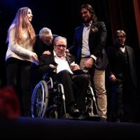 """Francesco Nuti a teatro per lo spettacolo sulla sua vita: """"Andata caduta e ritorno"""""""