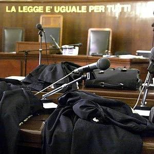 """""""Gambizzato"""" dal clan Saetta a Viareggio, quattro condannati"""