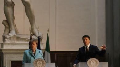 "Renzi-Merkel nel museo del David  /     Foto        ""Vertice a Firenze, rappresenta la bellezza"""