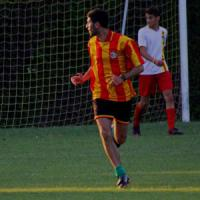 Calcio giovanile, a Sesto Fiorentino dirigente picchia l'allenatore avversario