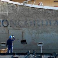 """Concordia, per Schettino chiesti 26 anni  di reclusione. Il pm: """"Dio abbia pietà, noi no"""""""