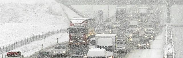 Nevicate nell'aretino, disagi per chi viaggia  Riaperto il tratto dell'Autostrada del Sole
