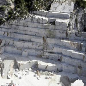 """Rossi: """"Piano e legge ad hoc per le cave delle Alpi Apuane"""""""