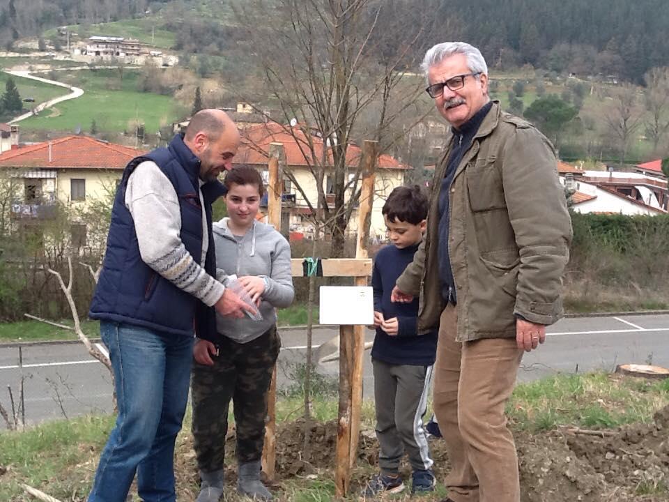 Alberi nuovi in Valdarno li piantano gli studenti