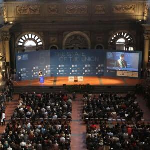 The State of the Union, Renzi a Firenze. La firma con Rossi per Livorno