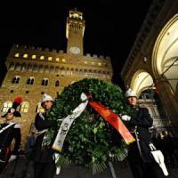 """Georgofili, 22 anni dopo Firenze ricorda la strage. Grasso: """"Trame ancora nascoste"""""""