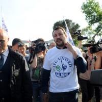 Salvini, a Siena scontri tra forze dell'ordine e militanti di sinistra: un ferito