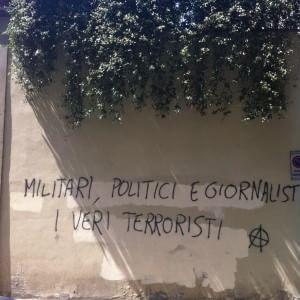 Scritte contro militari, denunciati tre anarchici
