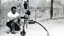 Jean Tinguely a Cecina  il maestro delle macchine  e i suoi filosofi