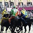 """Palio di Siena, l'Onda  vince la """"provaccia"""""""