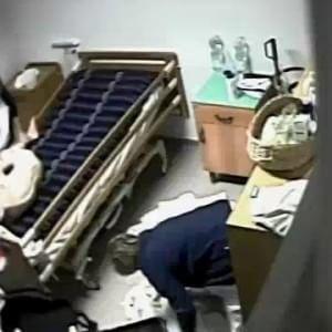 Infermieri sotto accusa a Prato, picchiavano i pazienti di una Rsa